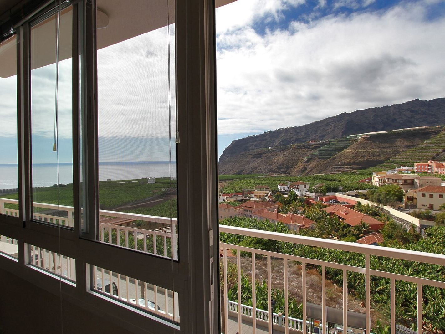 Coaching trip with sea view - La Palma